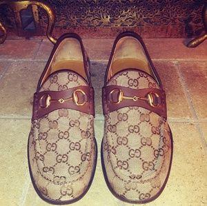 Gucci Men's Horsebit GG Loafers 015942
